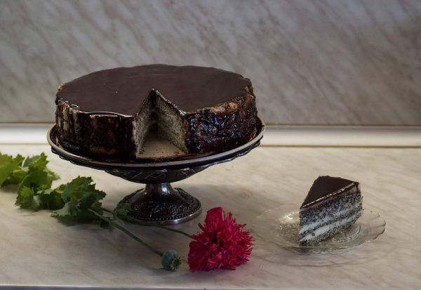 Торта с маково семе